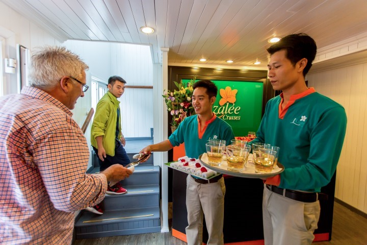 well come customer halong bay cruises